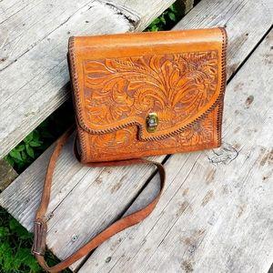 Vintage leather crossbody bag•Boho